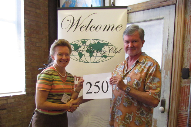 Jeff Scherbarth celebrates 250 countries with Kim-Kay Randt