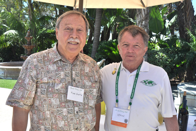 Tom Getz (l) presented his photos of Namibia at the San Diego meeting. Jeff Ward (r) coordinator.