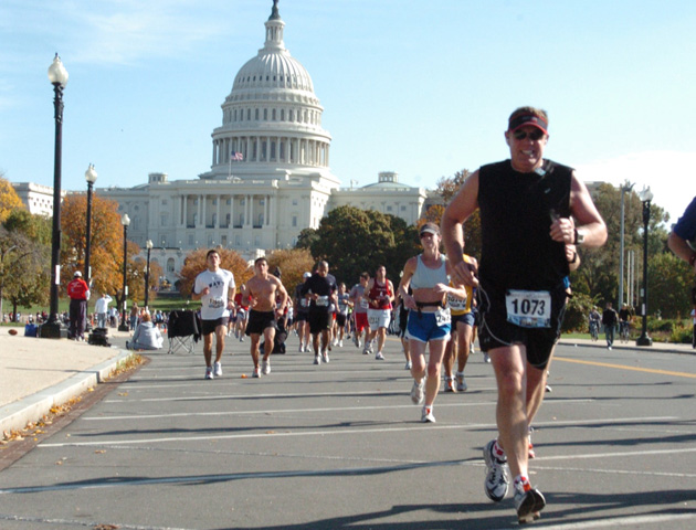 Eastern Canada Coordinator Rick Shaver running the 2009 Washington DC Marathon.